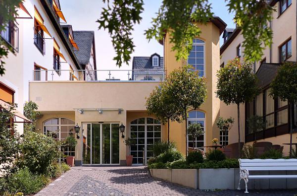 Hotel Nassau-Oranien Aussenansicht